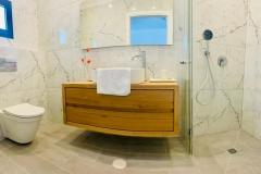 yarden-shower