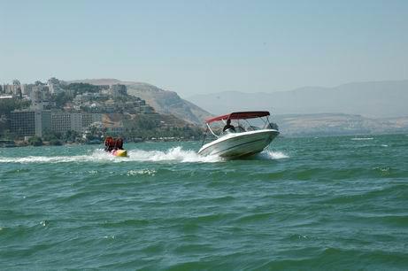 חופשה בריאה בישראל - חוף התכלת טבריה